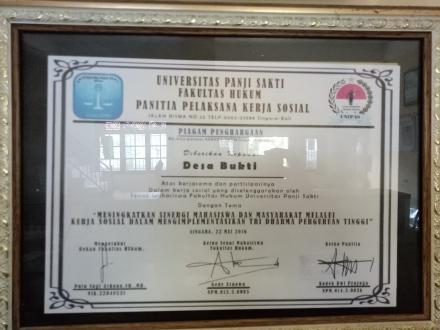 Piagam dari Universitas Panji Sakti Fakultas Hukum